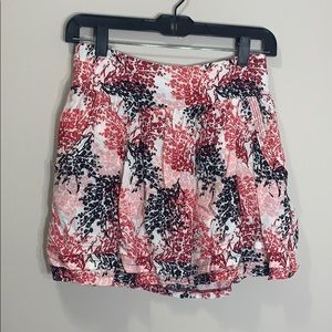 Size small summer skirt with pockets